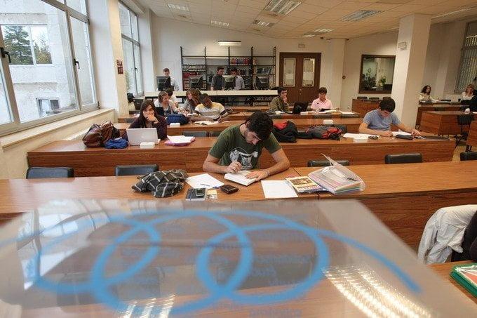 Por si no te han avisado: estudiar no sirve de nada