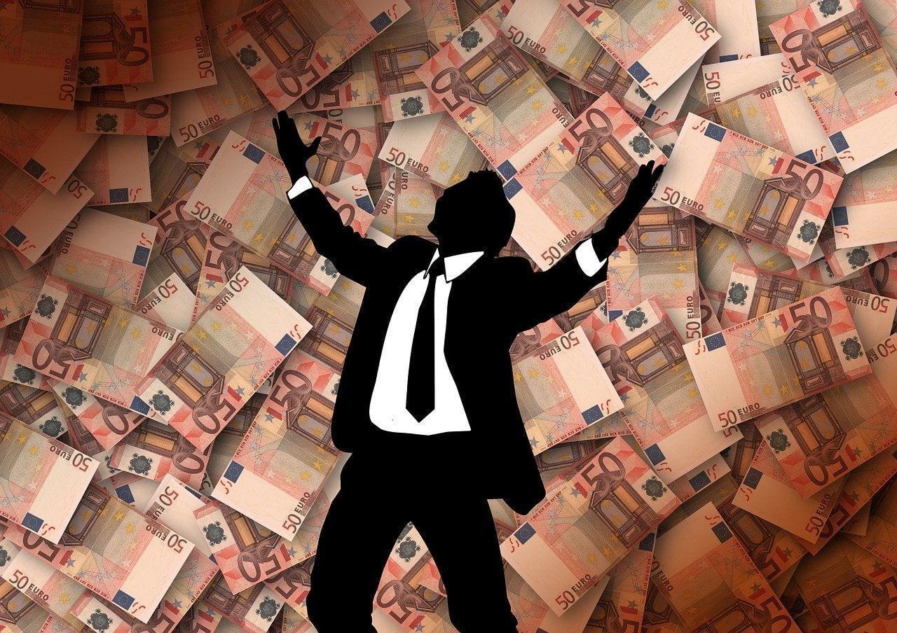 Gana dinero como criminólogo fácilmente