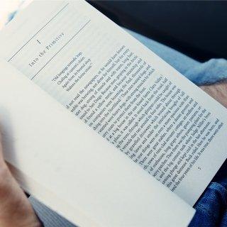 Vivir del cuento de los libros y las conferencias
